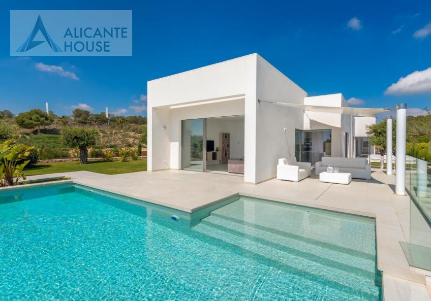 New villa in Alicante