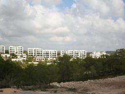 Property on the first line of the golf course